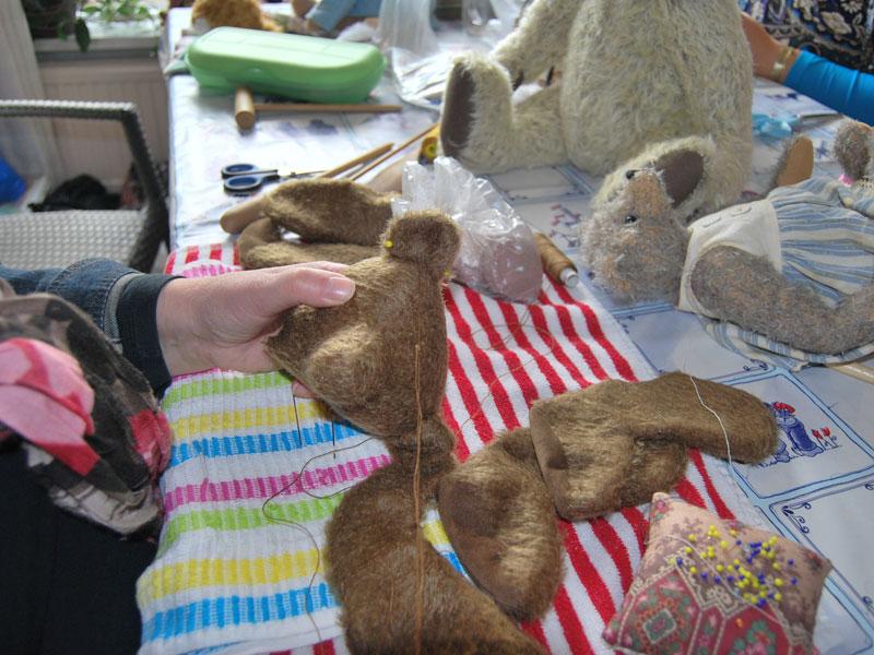 Beren maken cursus bij modevakschool Atelier Quality